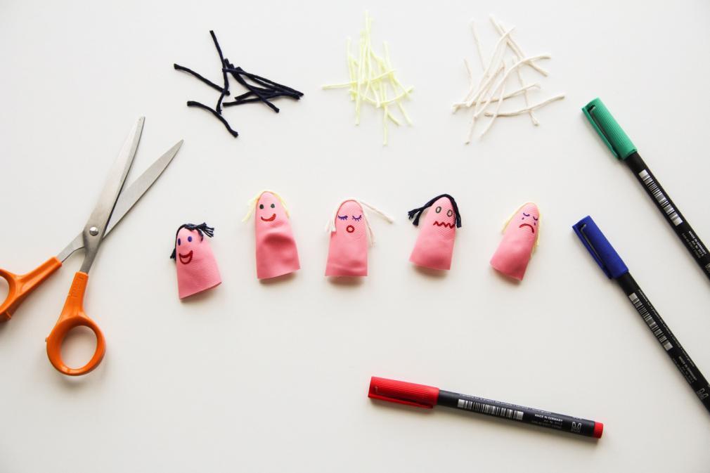 Marionete pentru degete