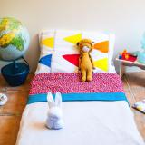Tidy bed: Calm child – learning to make the bed