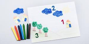 1,2,3 decupăm copăcei:  Învață-ți copilul să numere!