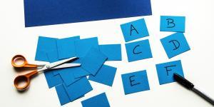 Cartonașe educative amestecate – pentru micii învățăcei