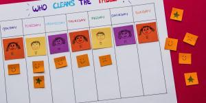 Transformă treburile casnice într-o joacă pentru copiii tăi!