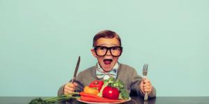 Hrană pentru minte: Convingem copiii să încerce alimente noi