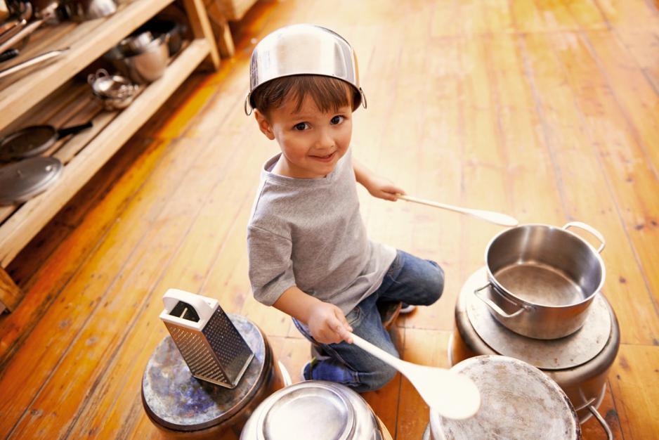 De ce este OK ca cei mici să fie plictisiți – uneori!