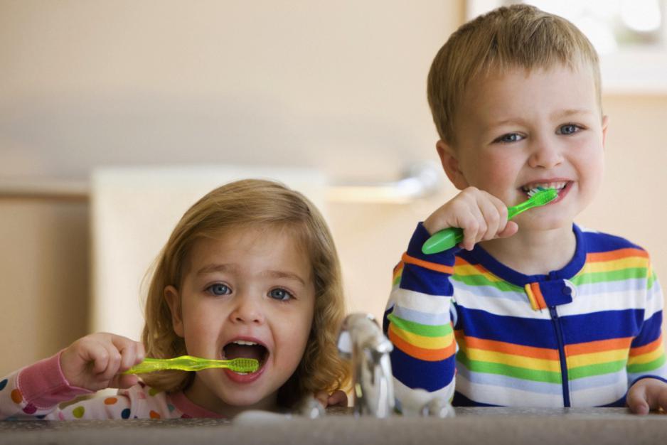 Învață-l să își îngrijească dinții